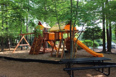 Neighborhood Amenities in Weatherstone: Playground
