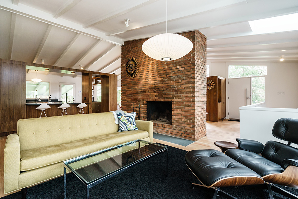 Modernist home Raleigh - Hillman Real Estate Group - Ocotea - Living Room
