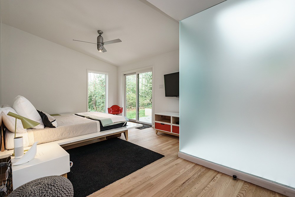 hillman real estate group - raleigh modernist home for sale - 025_Master Bedroom - Ocotea