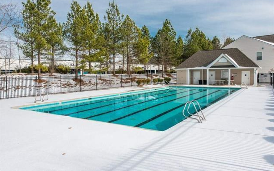 Hillman Real Estate Group - Keystone Crossing Neighborhood Pool - Perfect for Summer Break!