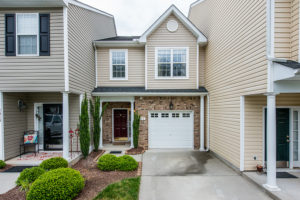 Raleigh townhome for sale - falls river - near neuse river trail - hillman real estate group