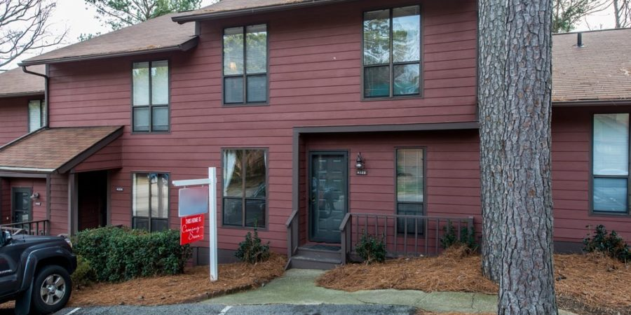 Now Showing: Three Bedroom Condo Near Lake Johnson and NC State