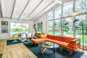 Raleigh ITB modernist house sold by Hillman Real Estate Group's Renee Hillman