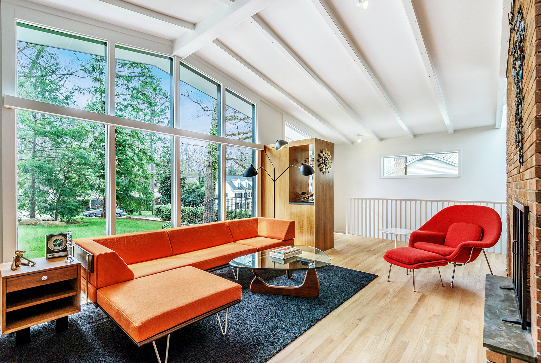 Modernist homes hillman real estate group