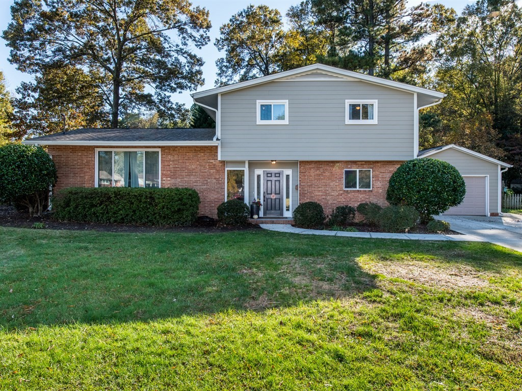 Hillman Real Estate Group - Cary Homes for Sale - 210 Meadow