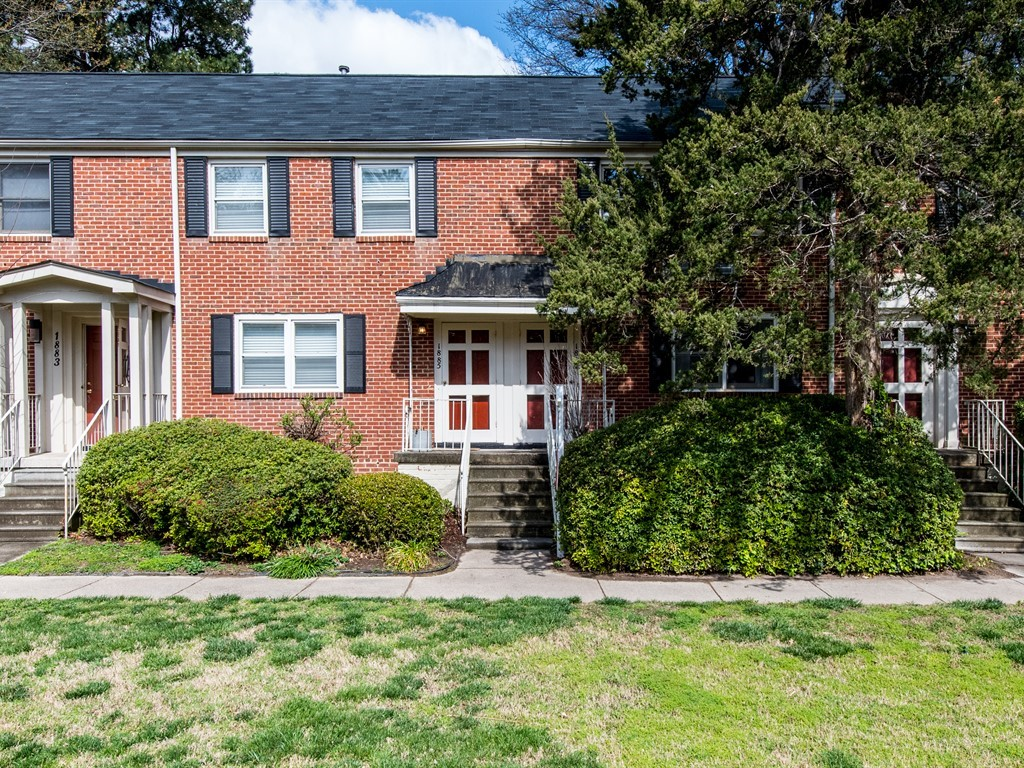 Cameron Village ITB Homes for Sale - Hillman Real Estate Group - 1887 Bellwood Drive Raleigh