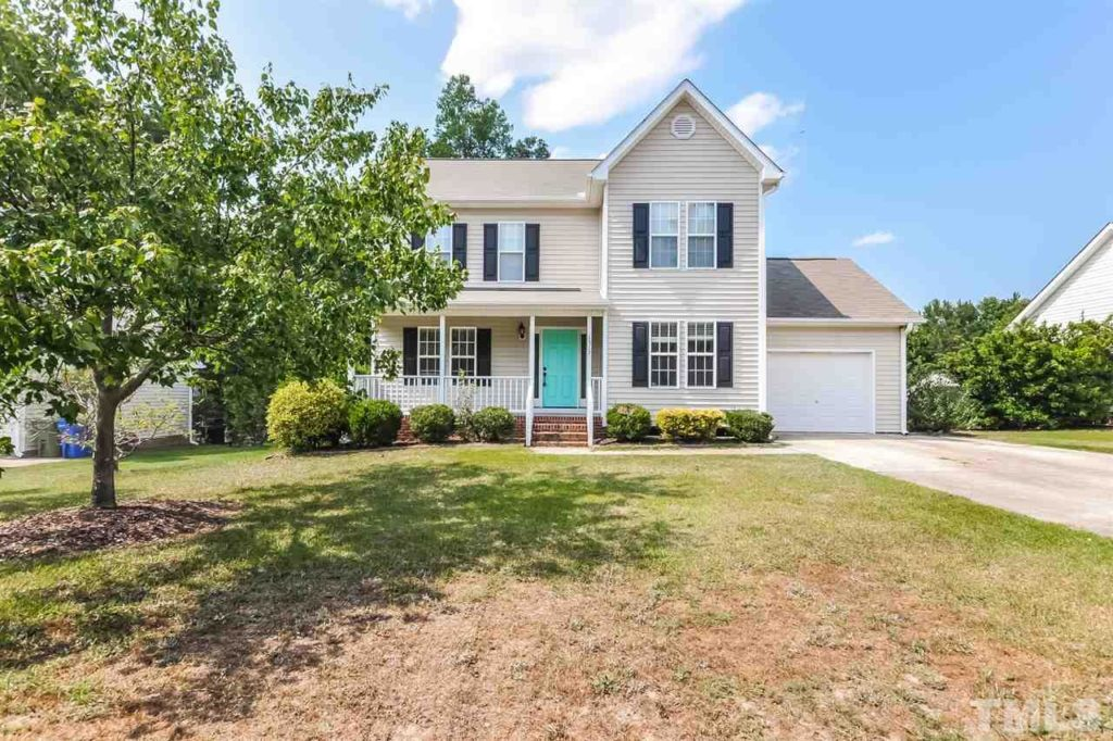 Hillman Real Estate Group - Buyer - 1317 Academy St Fuquay Varina NC 27526