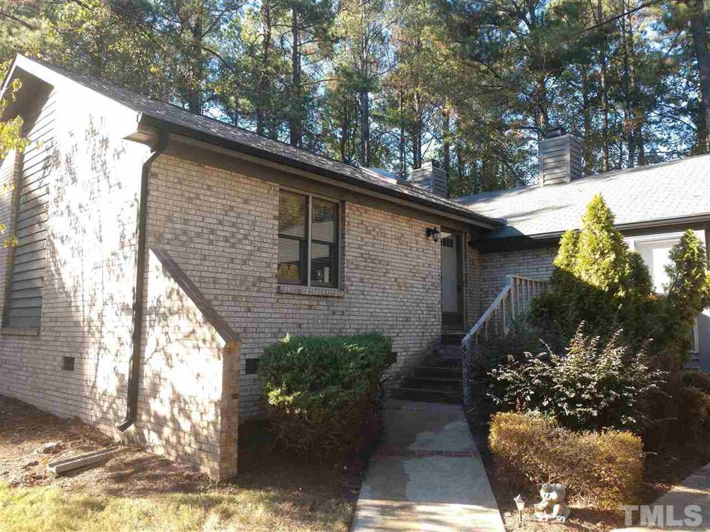 Hillman Real Estate Group at eXp Realty - Buyer Closing - 500 W Woodcroft Unit 4A Durham NC 27713