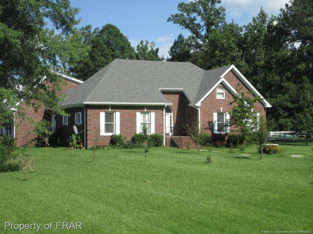 Hillman Real Estate Group at eXp Realty Buyer Closing 5258 Lower Moncure Road Sanford NC 27330