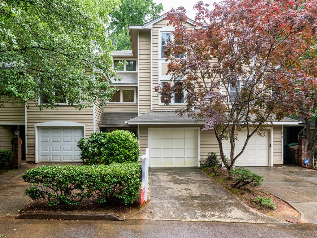 Hillman Real Estate Group at eXp Realty – 108 Union Jack Lane Cary NC