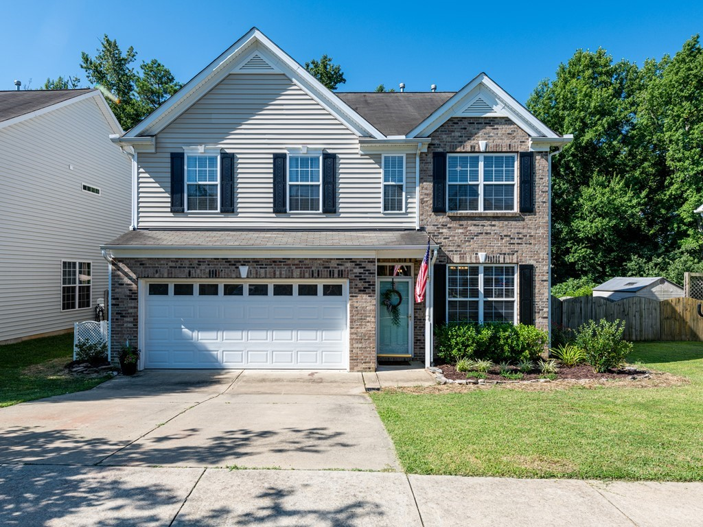 420 Stobhill Lane Holly Springs NC 27540 - Hillman Real Estate Group at eXp Realty