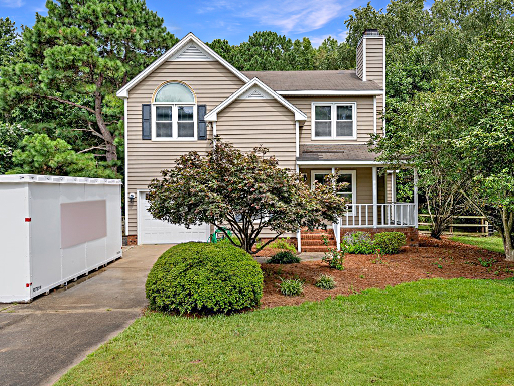 4212 New Brighton Drive Apex NC 27539 – Hillman Real Estate Group at eXp Realty - 002_Exterior Front