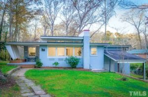 Modernist Home of the Month - 600 Palmer Drive in Sanford