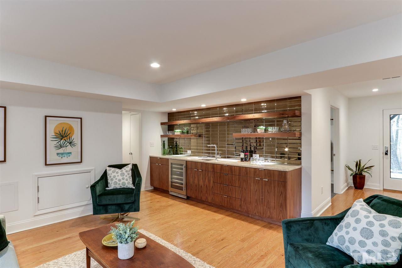 3200 Doubleday Place - Modernist Home of the Month at Hillman Real Estate Group Home Bar