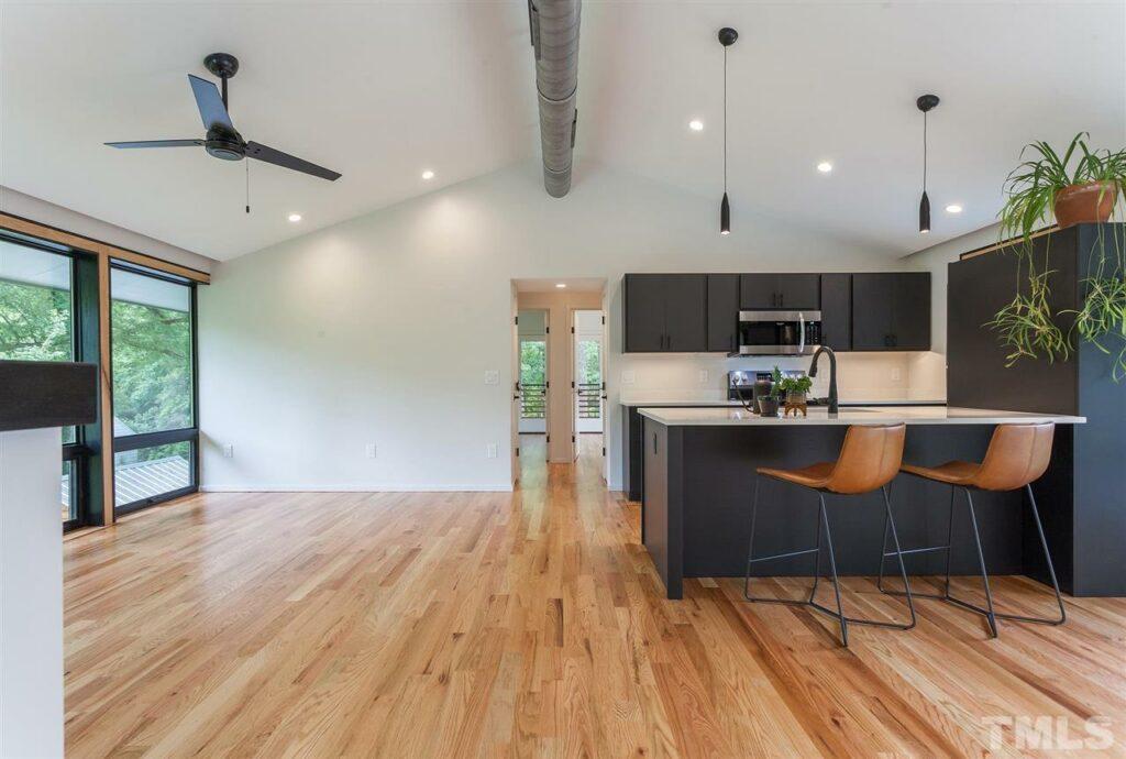 115 Oak Street Carrboro Hillman Real Estate Group guest house main floor