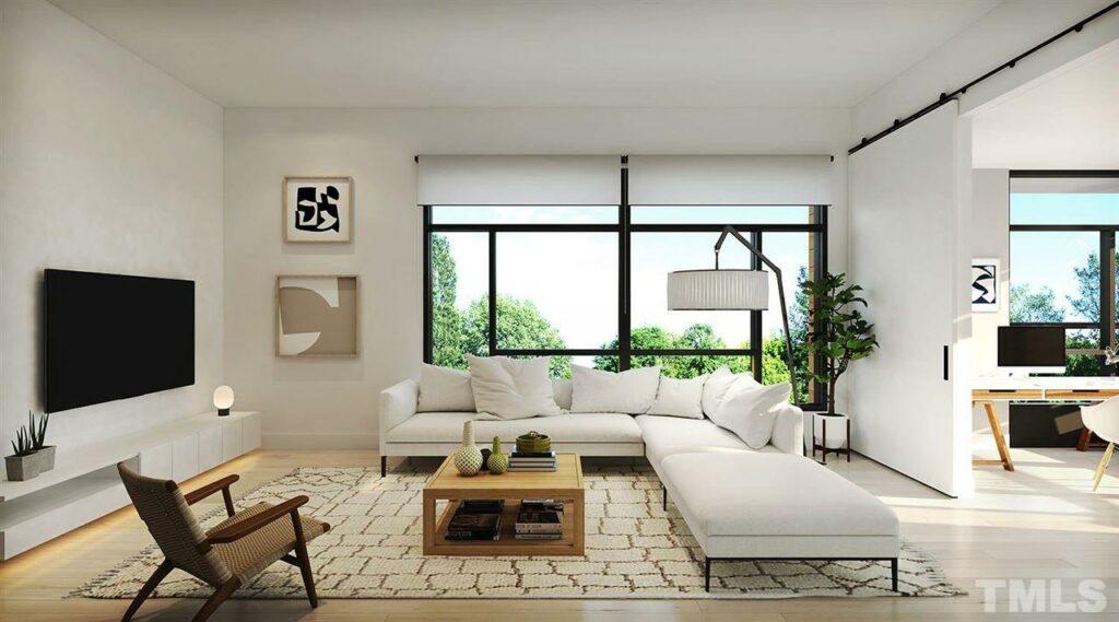 615 Daniels Street living room
